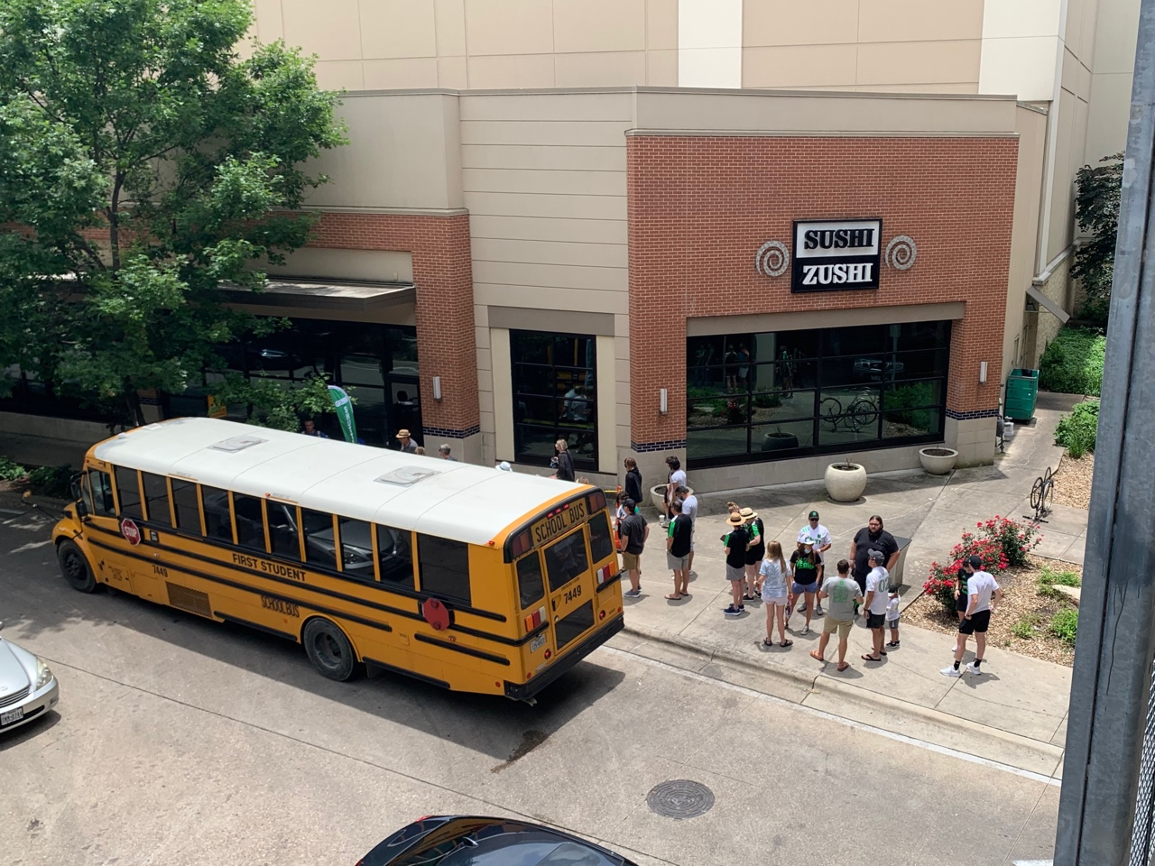 The Pavemint shuttle school-bus and line